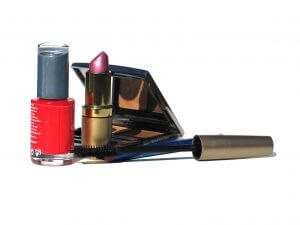 7 Tips for Storing and Using Your Cosmetics