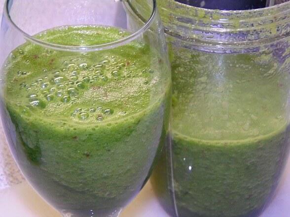 Apple Lemon and Kale juice from Juice Guru recipe book