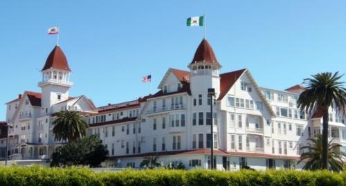 Travel Tuesday: Hotel del Coronado