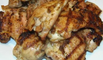 Fast and Easy Grilled Chicken Recipe by amidlifewife.com