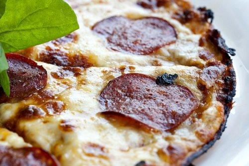 Cauliflower Veggie Crust Pizza Recipe